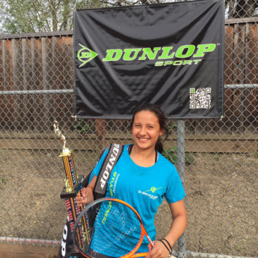 Dunlop Sport America sponsors Gaby to its Squad.